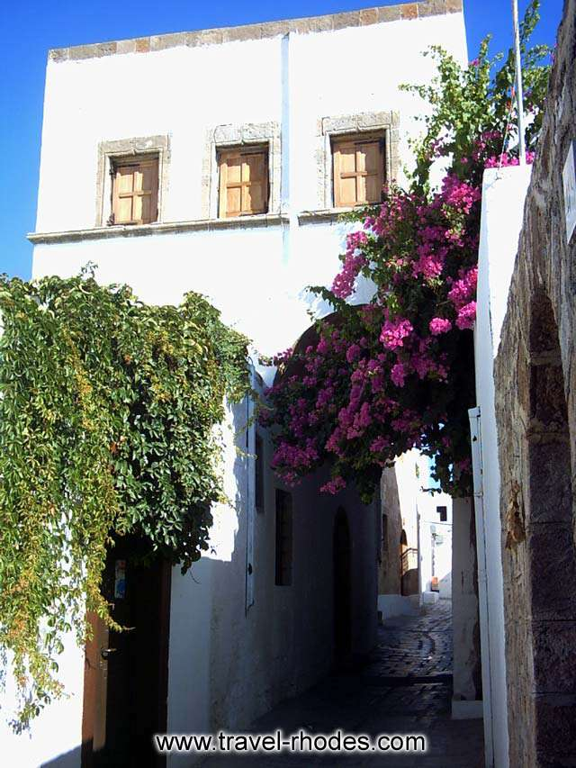 A house over the small pathway in Lindos town, Rhodes RHODES PHOTO GALLERY - HOUSE