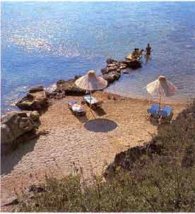BEACH - Around greater Kallithea there are many small ,quiet beaches where you can enjoey  the tranquillitty  of the sea and the bright sun  Relax  swimm   to the Crystal Kalithea small beach