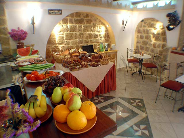 Image of breakfast room of Cava Doro Hotel, located in Old Town of Rhodos (Rhodes). CLICK TO ENLARGE