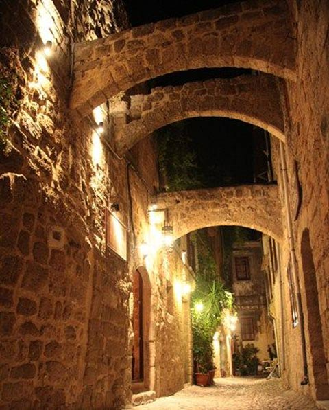 Klimt Guest House & Vienesse cafe IN  Agiou Fanouriou 32-34 Old Town