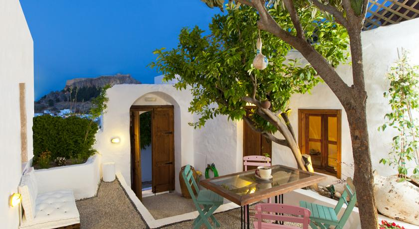 LINDOS AMAZING COTTAGES