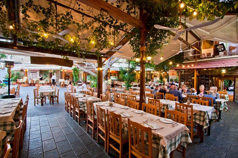 Romeo garden restaurants in old town of rhodes rhodes greece - Restaurants in garden city idaho ...